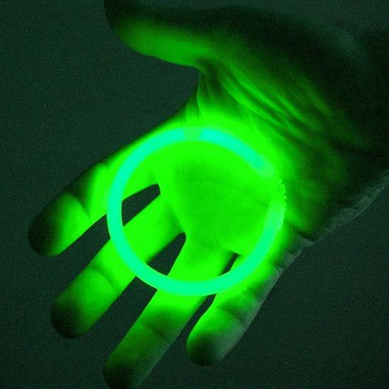 "Illumiglow 7.5"" Wrist Band Green"